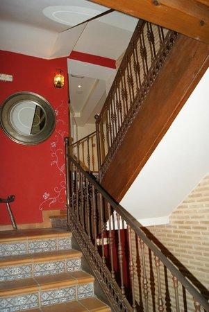 El Hostal Puerta Bisagra: Escalera