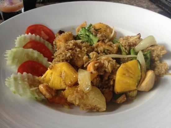 Mr.KRAB-i : Vegetarian Pineapple Rice