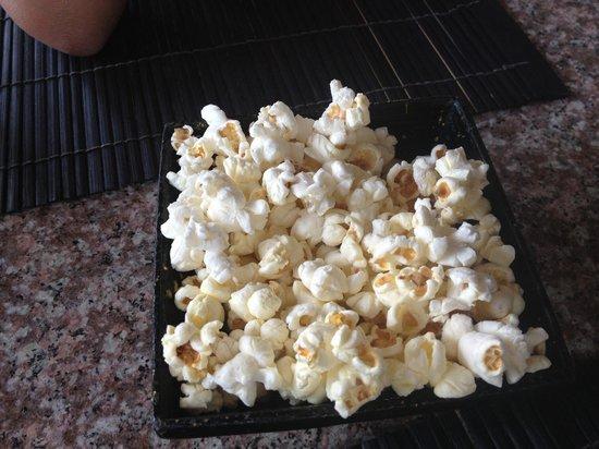 Mr.KRAB-i : Pre-meal popcorn served on the house