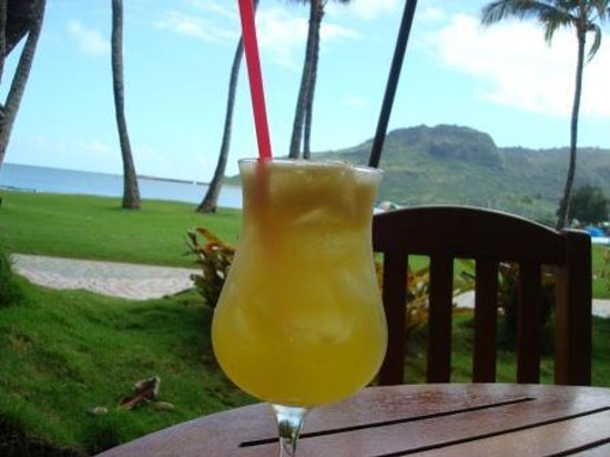 Duke's Kauai: Wrong Island Iced Tea - Duke's Canoe Club, Lihue, Kauai, Hawaii