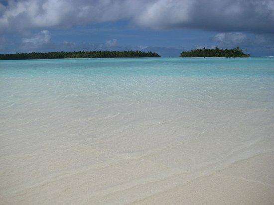 Aitutaki Lagoon: .