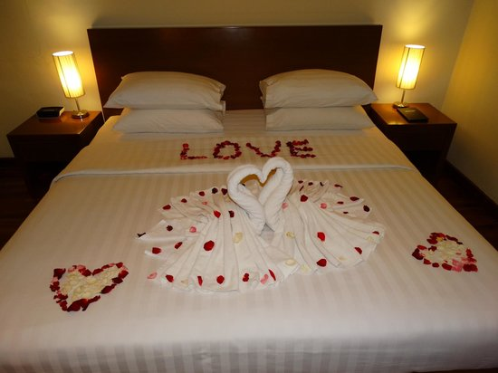 Seminyak Square Hotel: Master Bedroom