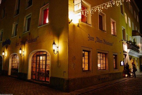 Altes Bräuhaus: Пивная