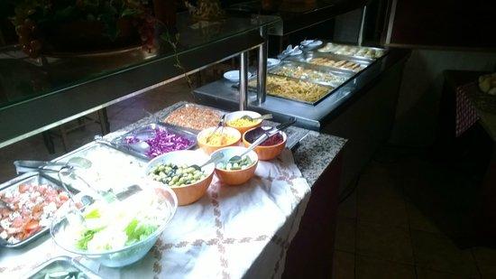 Comapedrosa Hotel: Good choice of food