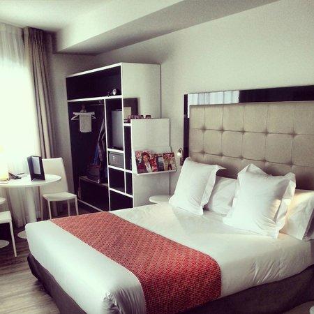 NH Madrid Suecia: habitacion 308