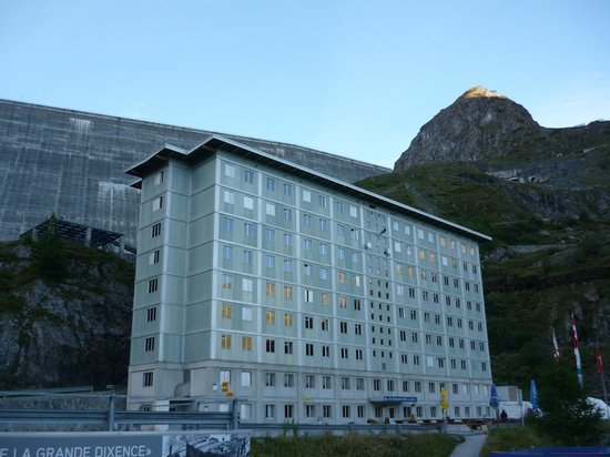 Hotel du Barrage La Dixence