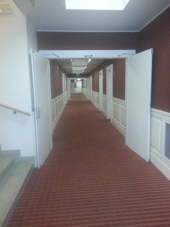 Eurostars Thalia Hotel: Corridoio ampio