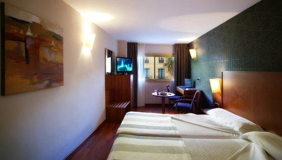 Hotel Nuevo Torreluz: Habitación
