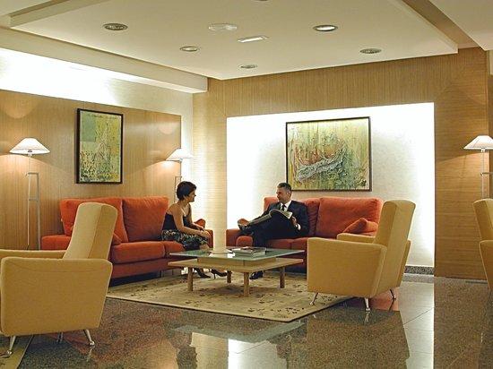 Hotel Nuevo Torreluz: Hall Hotel