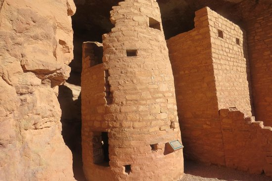 Manitou Cliff Dwellings: Well Maintained Ruins