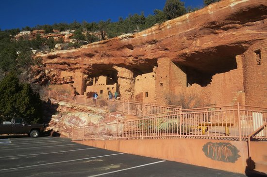 Manitou Cliff Dwellings : The Cliff Face from the car park.