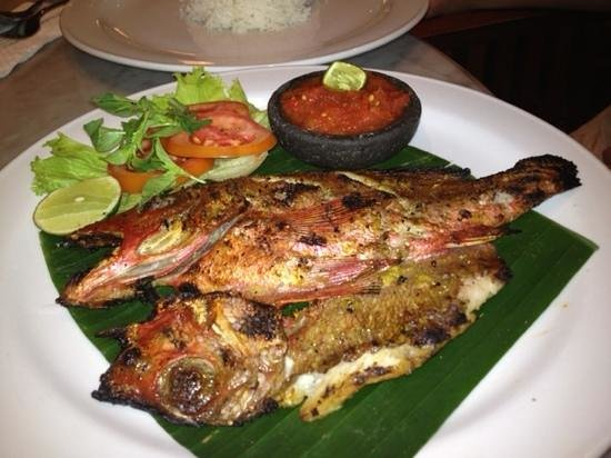 Kafe Batan Waru: another great meal here. This time grilled fish.
