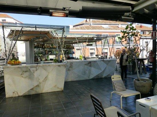 San Anton Market: Bar auf dem Dach