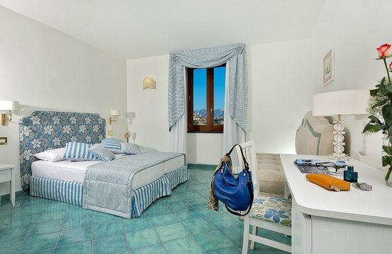 Villa maria bed and breakfast prices b b reviews for Bed and breakfast amalfi coast