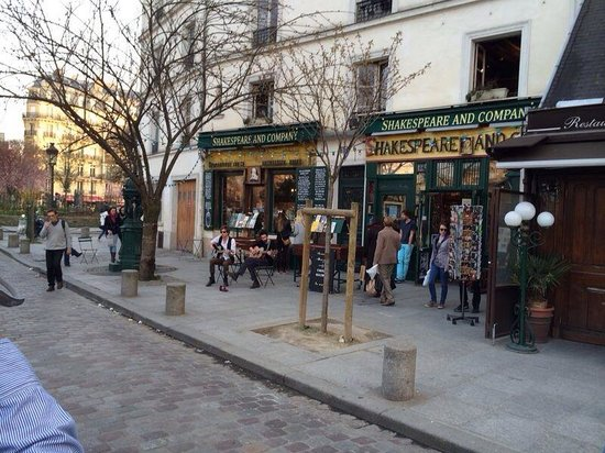 Librairie Shakespeare and Company : Storefront