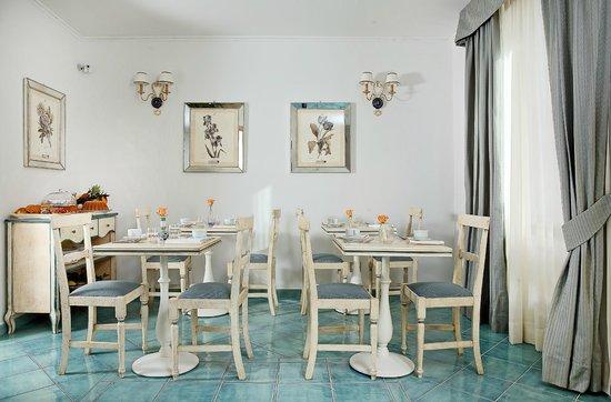 Villa Maria Bed and Breakfast: sala interna colazione