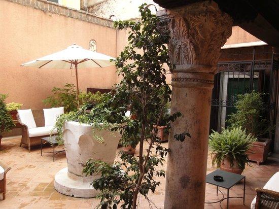 Hotel Casa Verardo - Residenza D'Epoca: giardino