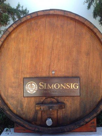 Simonsig: Wine barrel