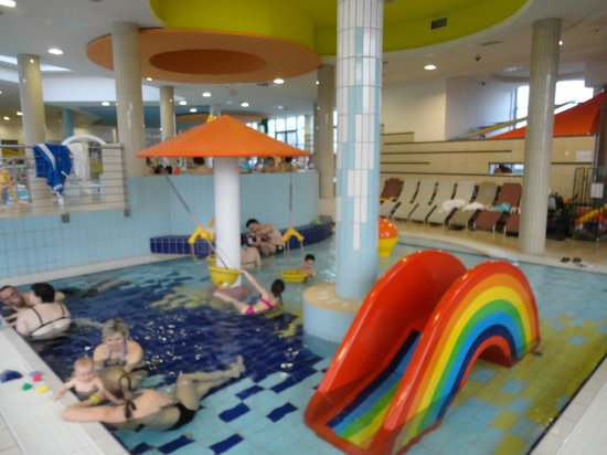 Park Inn by Radisson Sarvar Resort & Spa: детский аквапарк