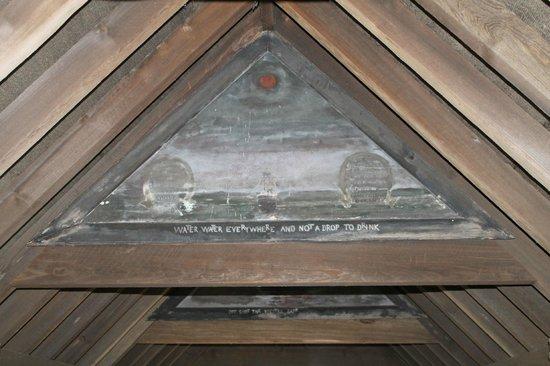 Monk Fryston Hall Hotel: Decoration on the covered bridge