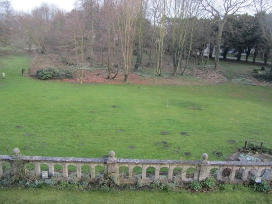 Monk Fryston Hall Hotel: View from bedroom