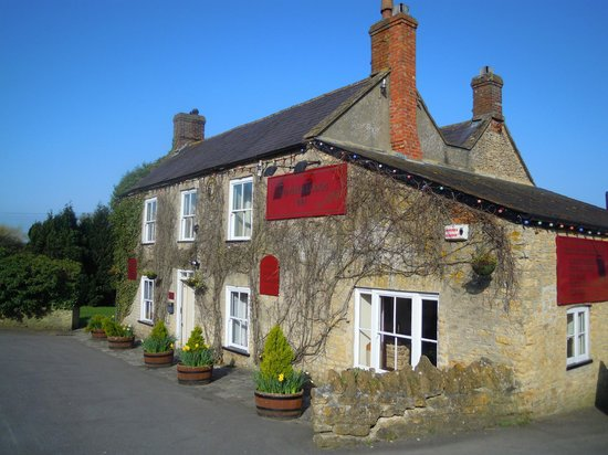 Hunters Lodge Inn: the hotel