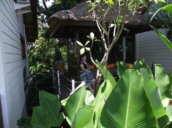 The Studio Bali: Gazebo Publik DI Area Villa