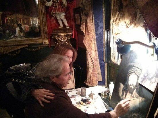 El Garlochi : The artist at work...