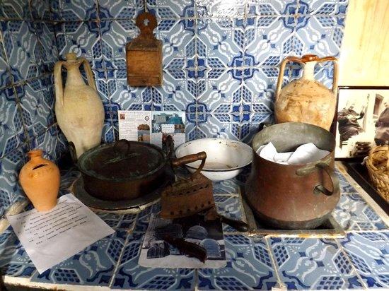 Alcuni oggetti d\'epoca della cucina - Foto di La Bottega nella ...