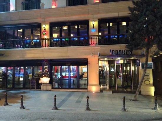 InnPera Hotel: Außenansicht