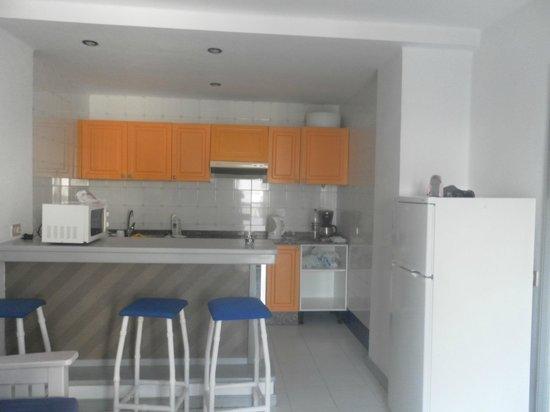 Apartamentos Club Guinate : our kitchin room 17