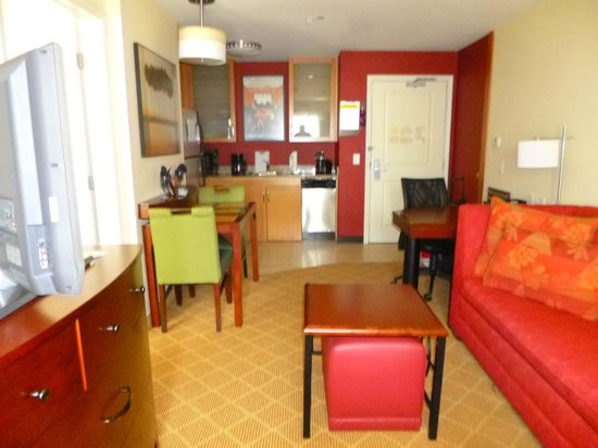 Residence Inn San Antonio SeaWorld®/Lackland : Kitchen