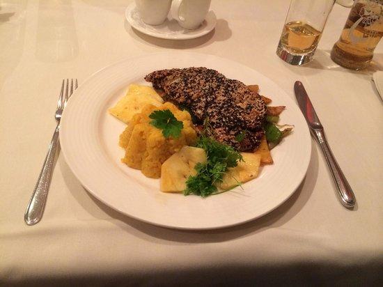 Penz Hotel West: Abendessen - Lecker :-)