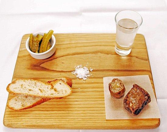 Druskos Namai: Beef bone marrow
