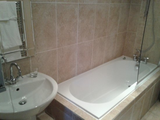 Beaconsfield Farm Self Catering : Bathroom