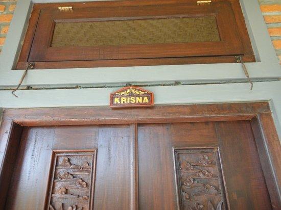 Kama Bisma Cottage : Kama Bisma - Krisna Door