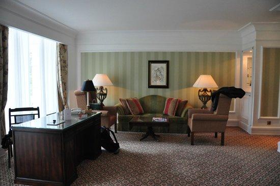 Powerscourt Hotel, Autograph Collection: Our Suite Sitting area
