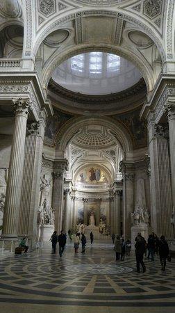Panthéon : пантеон внутри