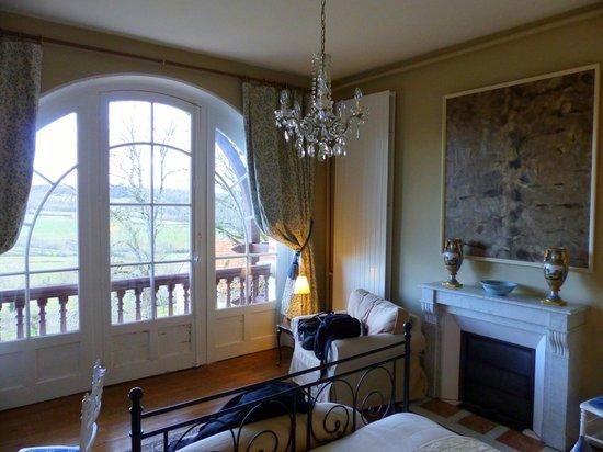 Chateau Les Roches : Petit dej