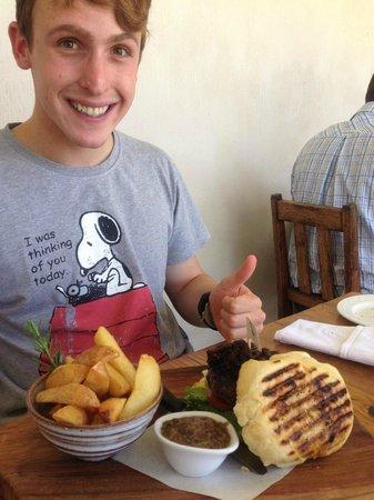 Black Oystercatcher Restaurant: Burger