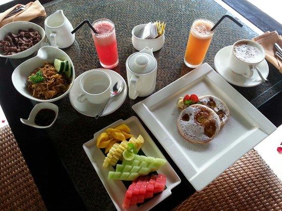 The Amala: Day 1 breakfast