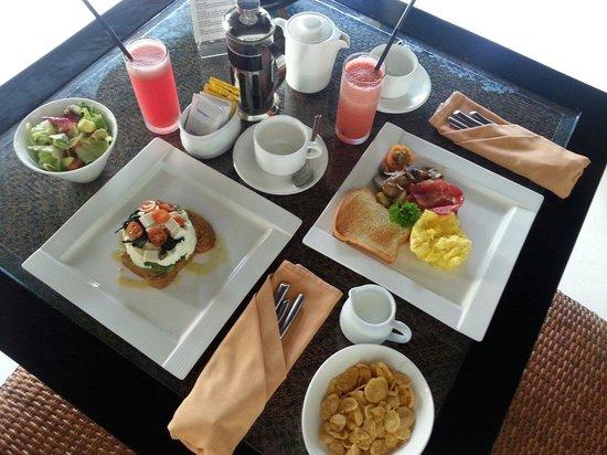 The Amala: Day 3 breakfast