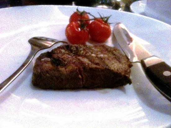 JW Steakhouse : USDA hangar steak was tiny