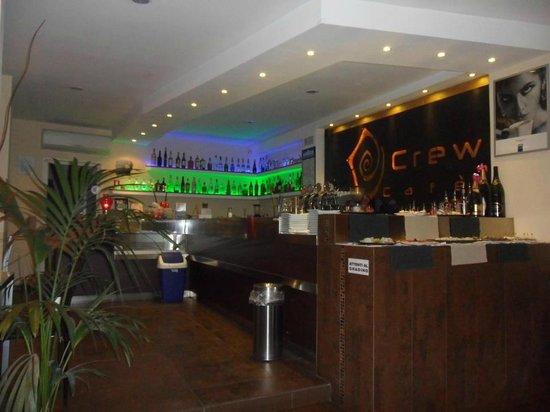 CREW Cafe'