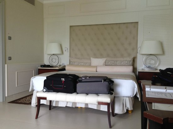 Iberostar Grand Hotel Bavaro : The bed faces the large doors of the balcony