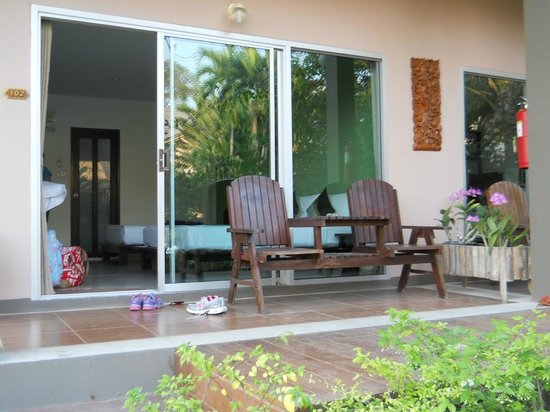 Sabai @ Kan Resort : View into Room 102