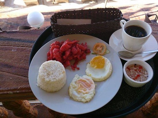 Diamond Water Edge Resort: breakfast - I love tocino!