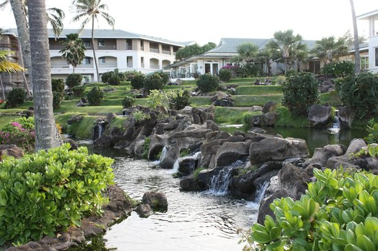 The Point at Poipu: Hotel grounds