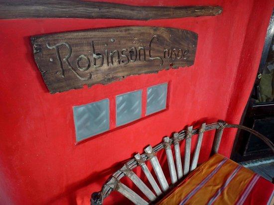 Cabanas La Luna : Robinson Crusoe  front porch