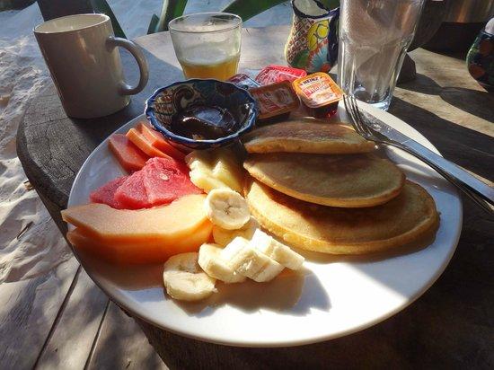 Cabanas La Luna : Ordered breakfast